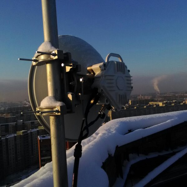 10Gbps MMW Link Installed on 10 km Distance by Moscow ISP
