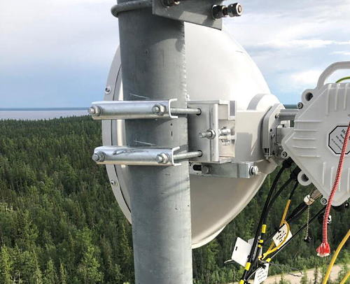 60 Gbps Broadband Wireless World Record mm-Wave Link Deployed over Yenisei River as a Backup for 200 Gbps Fiber